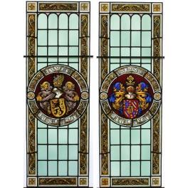 Paire de vitraux aux emblèmes de la Bourgogne et de la Flandre époque 19ème siècle VENDU