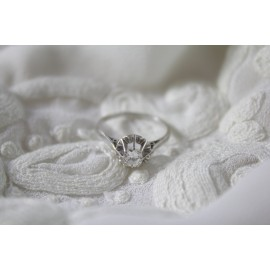 Bague solitaire or gris 18 carats et diamant taille 51