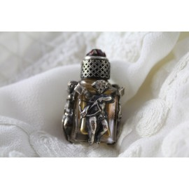 """Flacon à parfum miniature en verre et monture en argent """"Cupidon"""" fin 19ème siècle"""