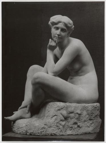 Photographie de la sculpture Rêverie de 1959 Cliché conservé au Petit Palais à Paris
