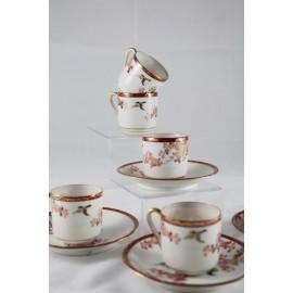 Ensemble de 6 tasses et 4 soucoupes en porcelaine du Japon époque vers 1900