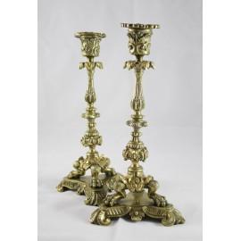 Paire de bougeoirs en bronze de style néogothique époque fin 19ème siècle