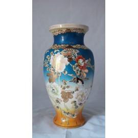 Vase en faïence de Satsuma, Japon vers 1900