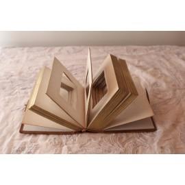 Petit album photo avec vues reliure en cuir façon livre
