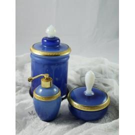 3 pièces en opaline bleue fin 19ème siècle